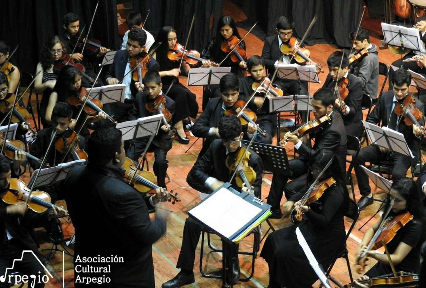 Concierto de Fin de año Arpegio Perú